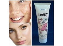 Mistine Honey Facial Scrub cream 85г